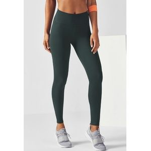 Fabletics Power Hold Mila Capri
